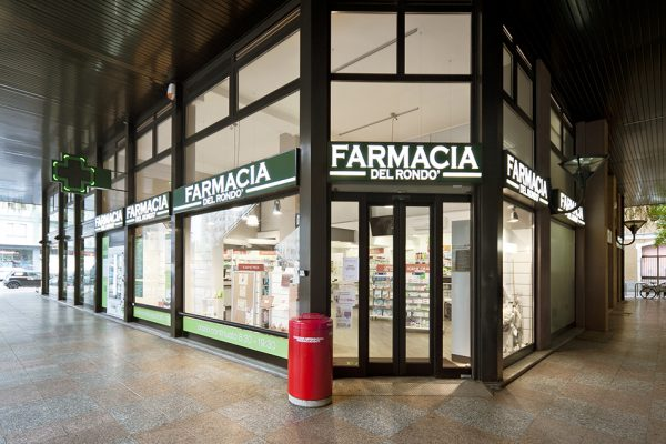 Telaro arredamenti farmacie design project collaborazione